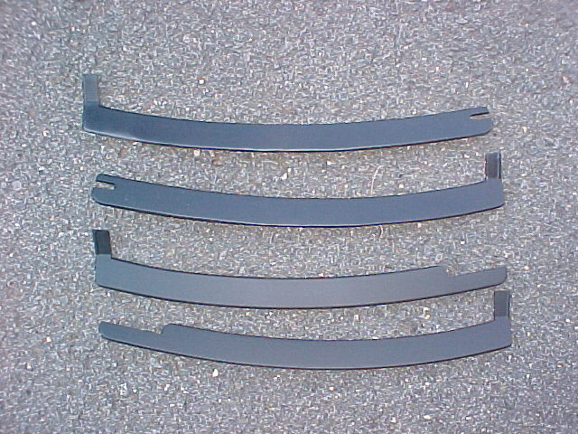 1987 93 Lower Windshield Molding Set New View